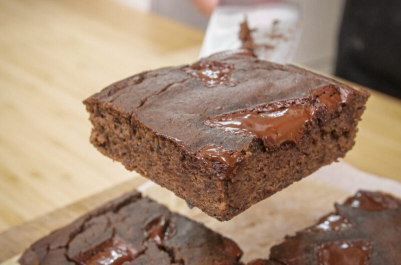 Brownies de chocolate e feijão preto