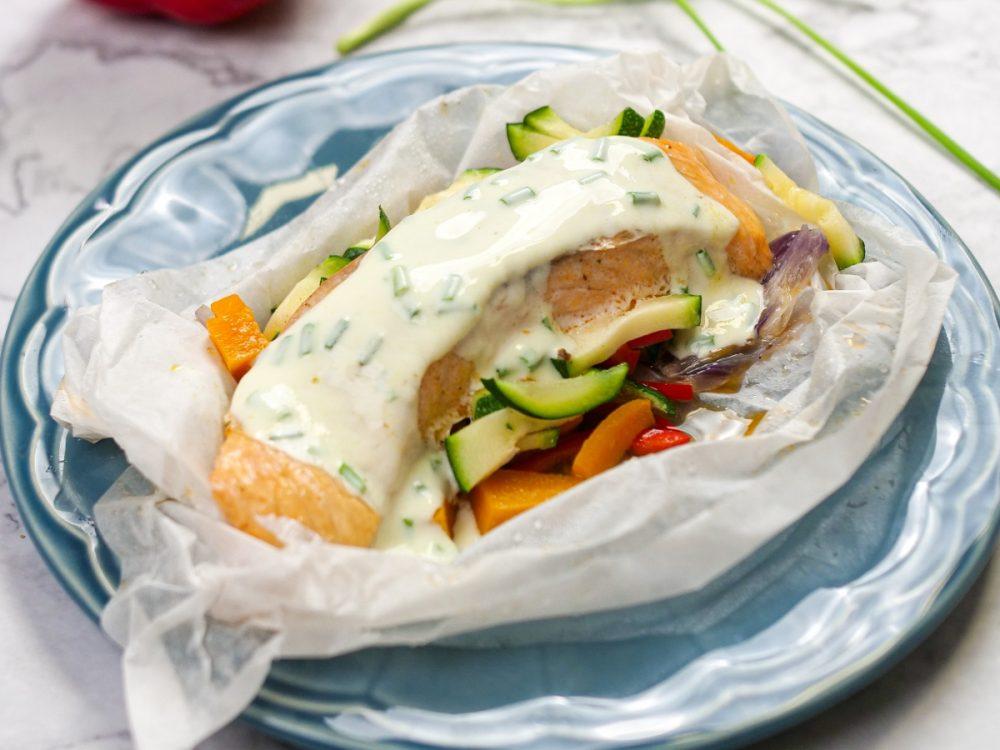salmão com legumes no microondas