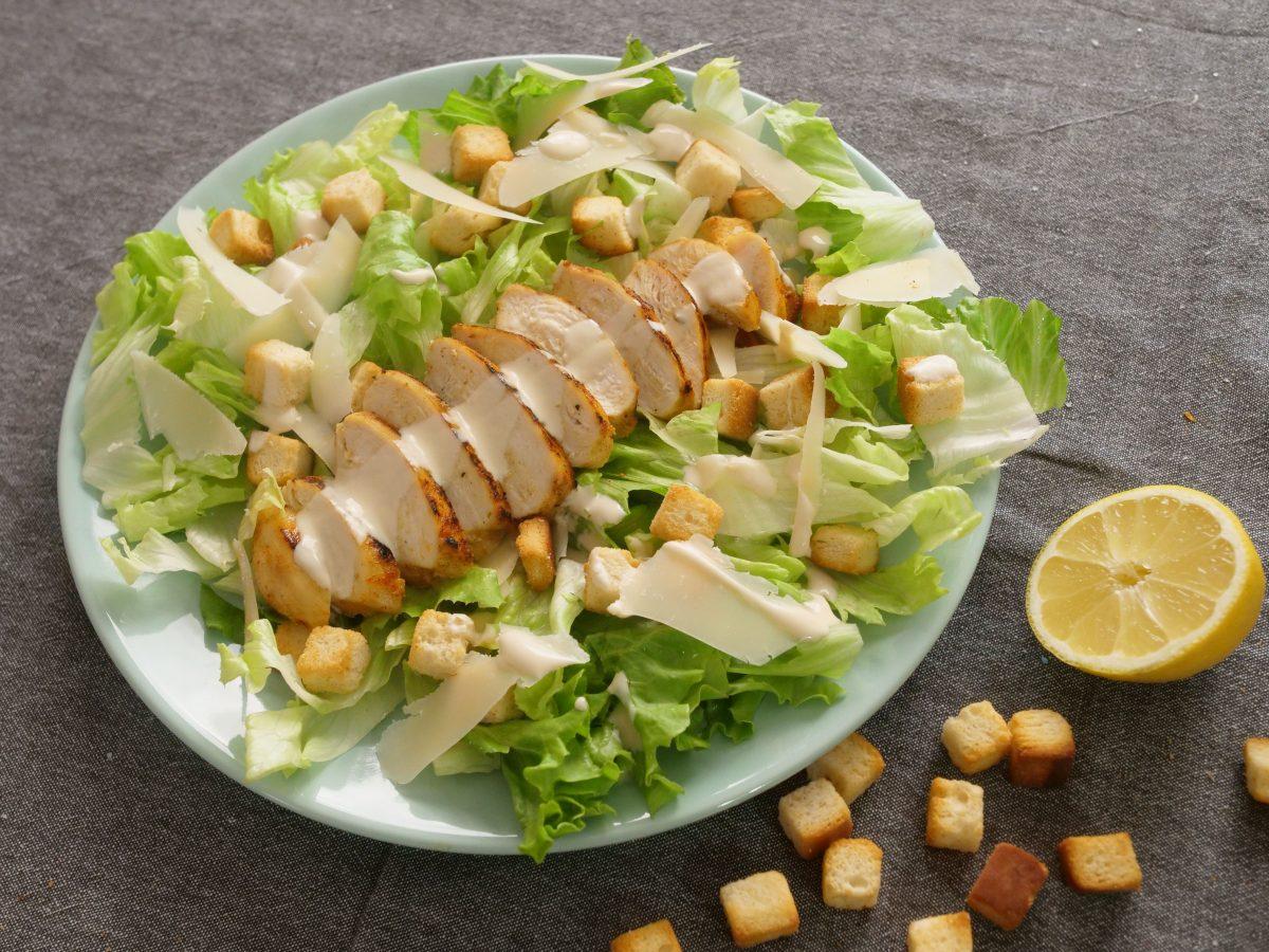 salada cesar caseira